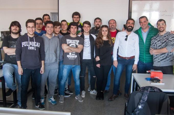 Axium acerca el mundo de la empresa a los alumnos de la ETI de Tudela