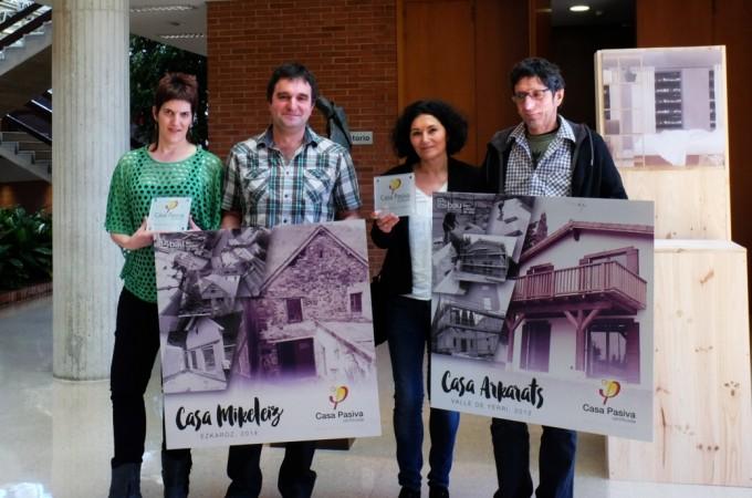 """Las viviendas navarras """"Casa Arkarats"""" y """"Casa Mikeleiz"""" reciben la certificación oficial 'Passivhaus'"""