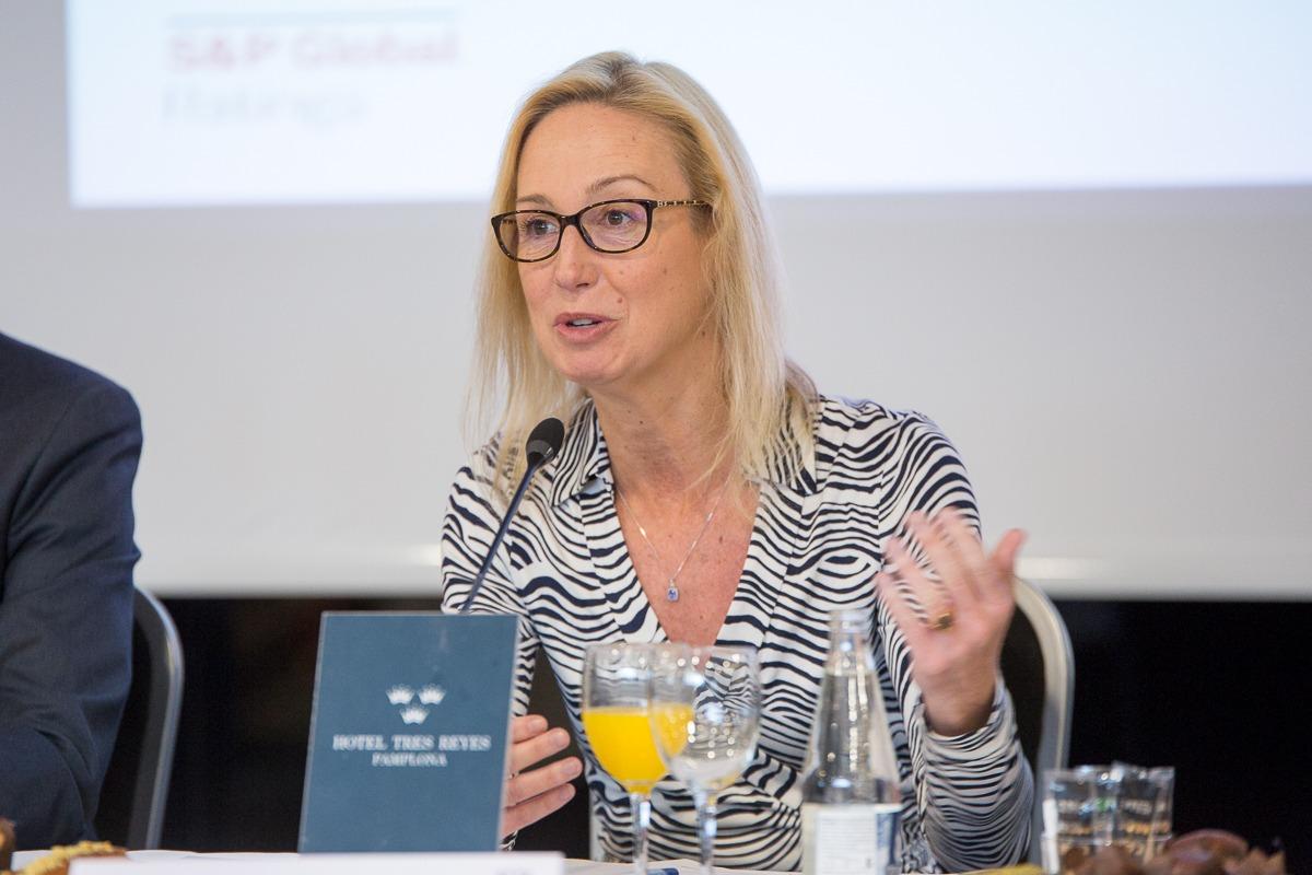 Myriam Fernández de Heredia en los Desayunos Empresariales de Navarra Capital