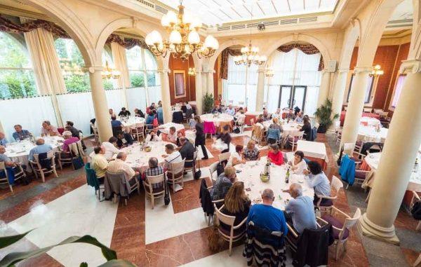 Reunión de Wine & Dine en el Colegio de Médicos de Pamplona