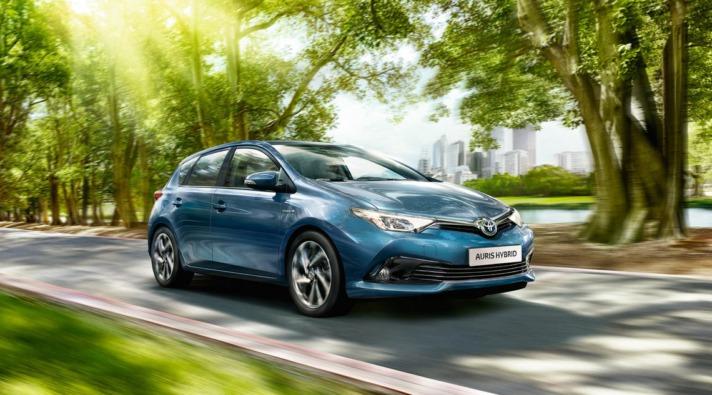Imagen promocional de un Toyota Auris.