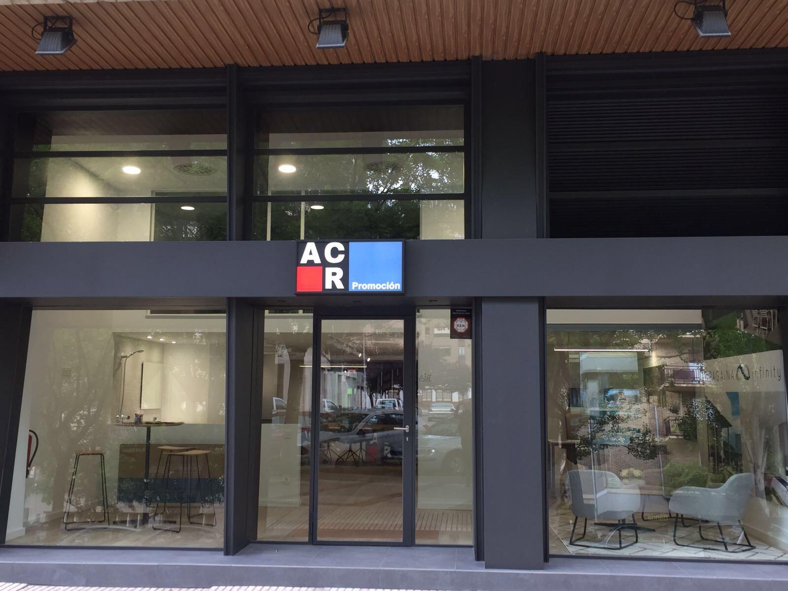 Imagen exterior de la nueva oficina comercial de ACR Grupo en Pamplona