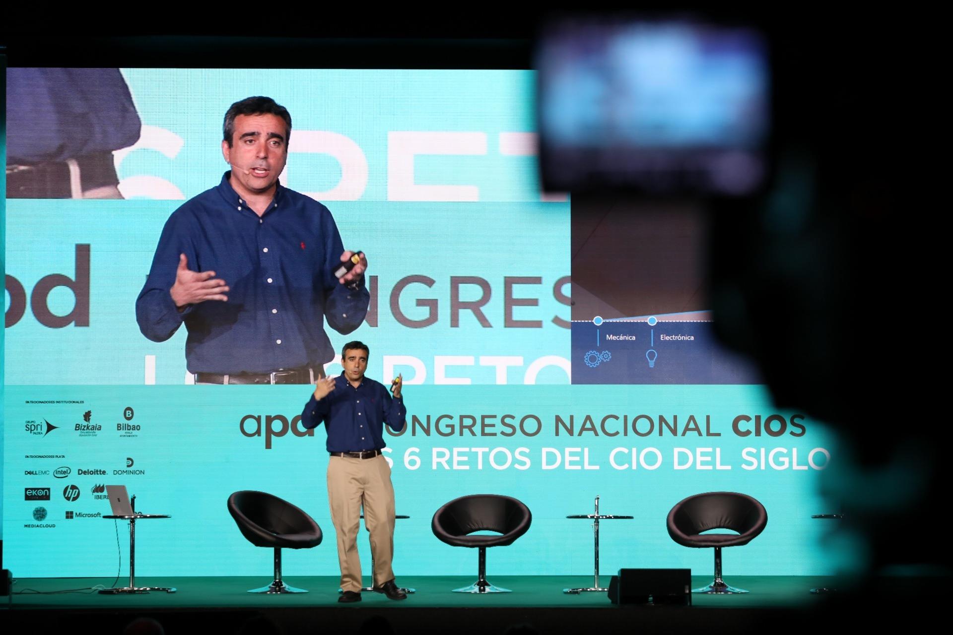 Intervención de David Carmona en el III Congreso CIOS APD celebrado en Bilbao