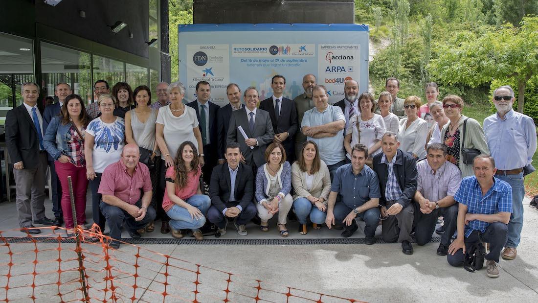 Empresas, entidades sociales y ayuntamientos. FOTO: Cedida por Jesús Caso, Diario de Navarra.