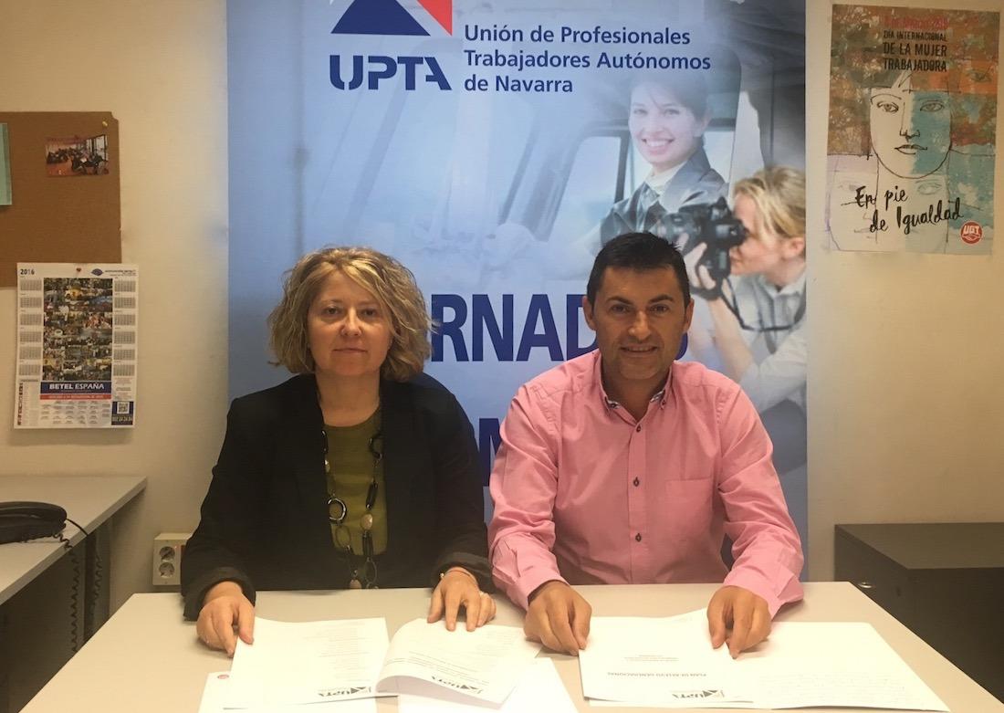 Natalia Moriones, secretaria general de UPTA Navarra y Eduardo Abad, secretario general de UPTA España;