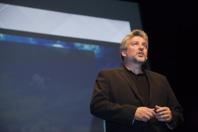Momento de la intervención de Alex Rovira en la  Pamplona Innovaction Week.