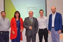 De I a D: Moisés Gil y Carmen Urbano (Inycom), Miguel Ángel Casquero (Idiogram), Eduardo Ubide  e Iñaki Oroz (Imeanticipa).