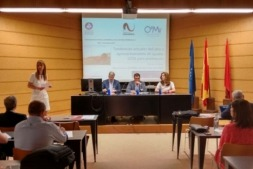 """Imagen de la jornada """"Herramientas para el desarrollo del sector vitivinícola II"""" celebrada en Olite y organizada por la Asociación Bodegas de Navarra junto al Consejo Regulador de la DO Navarra."""