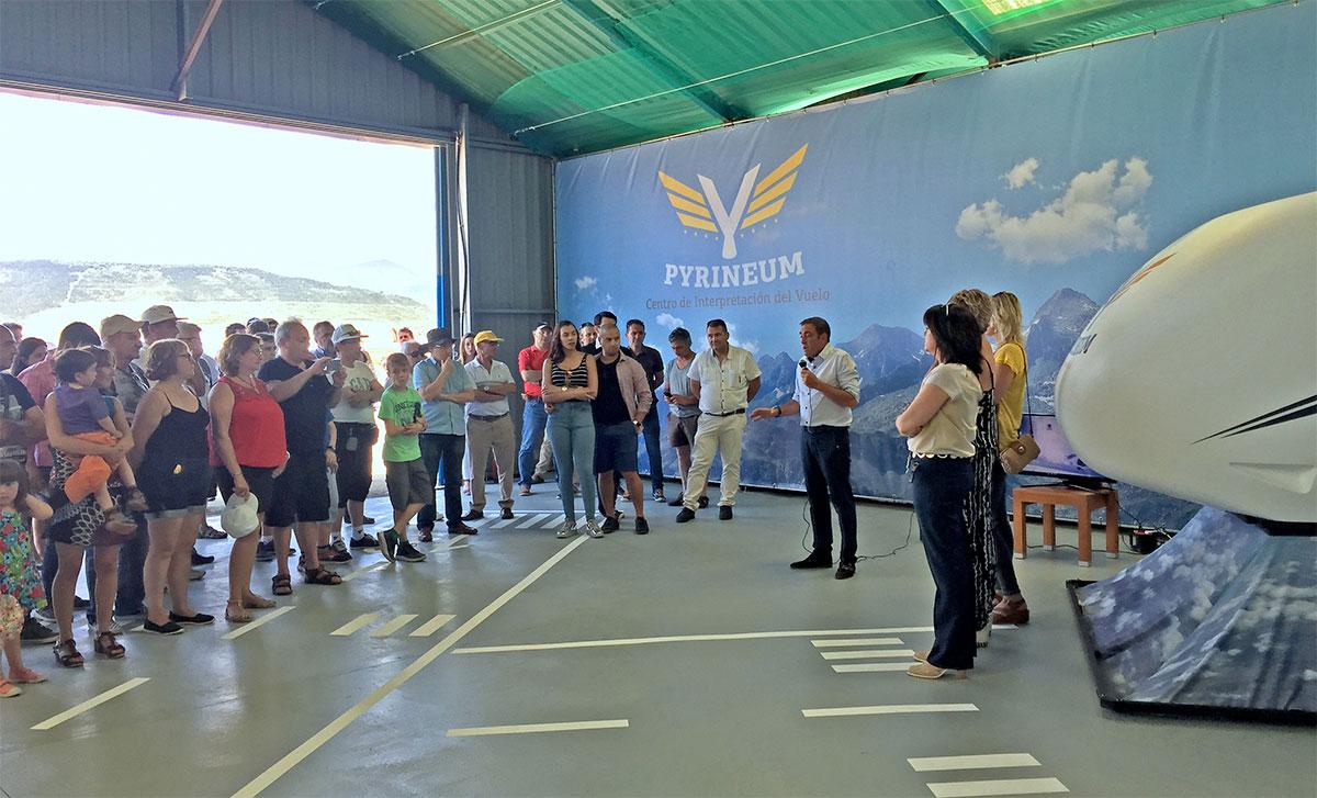 Inauguración Pyrineum Centro Internacional de Vuelo