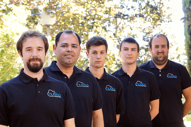 """En la imagen, miembros de la empresa Nubba Informática creadores de la APP """"Rescue On Time""""."""