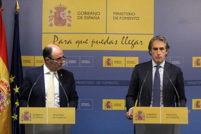 Las posturas se han enconado entre las delegaciones de Navarra y Fomento a causa del TAV.