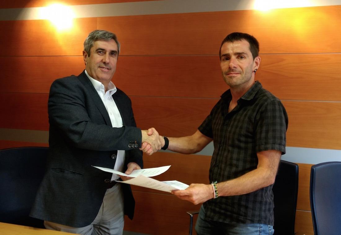 Miguel Iriberri, presidente de la Fundación Industrial Navarra; y David Oroz, presidente de la Agencia de Desarrollo de Sakana.