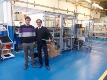 Miguel De Carlos, responsable industrial; y Aitor Zabalza, gestor de nuevas tecnologías