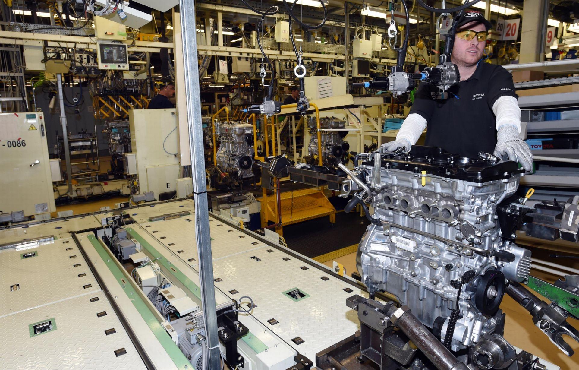 Imagen de un operario del sector de la automoción.