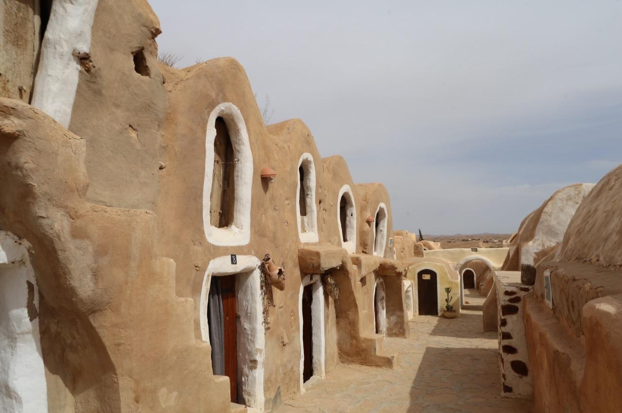 Imagen de Ksar Hedada, escenario natural donde se rodó 'La Amenaza Fantasma' de la saga Star Wars.