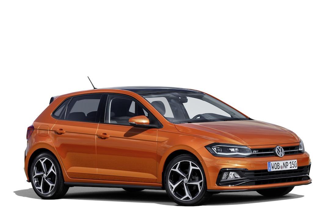 Nuevo Volkswagen Polo R-Line, en color naranja energético.