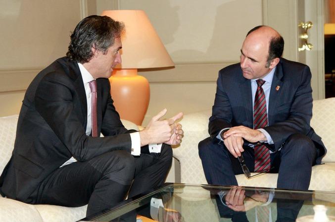 Imagen de uno de los últimos encuentros celebrados entre Iñigo de la Serna y Manu Ayerdi.