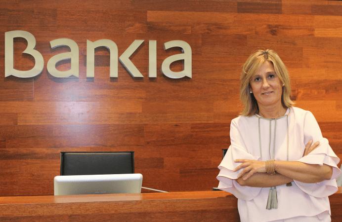 Almudena Barrio, nueva directora del Centro de Empresas de Bankia en Navarra.