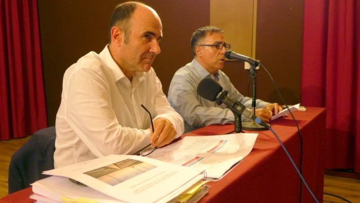 Imagen del vicepresidente Ayerdi durante la reunión celebrada en Tudela sobre el TAV (FOTO: Germán Pérez).