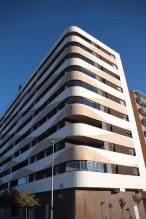 El Edificio Zero, situado en la urbanización Erripagaña.