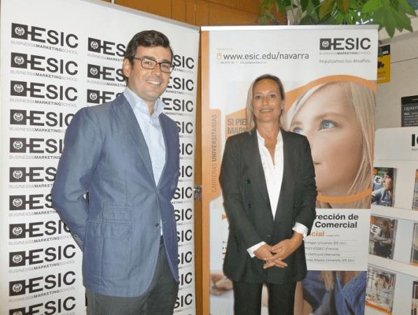 Alejandro López-Rioboó y Nathalie García, colaboradores de ESIC y expertos ambos en transformación digital. (FOTO: Belén Armendáriz)