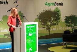 La apertura de la jornada ha corrido a cargo de Ana Díez Fontana, directora territorial de CaixaBank en Navarra.