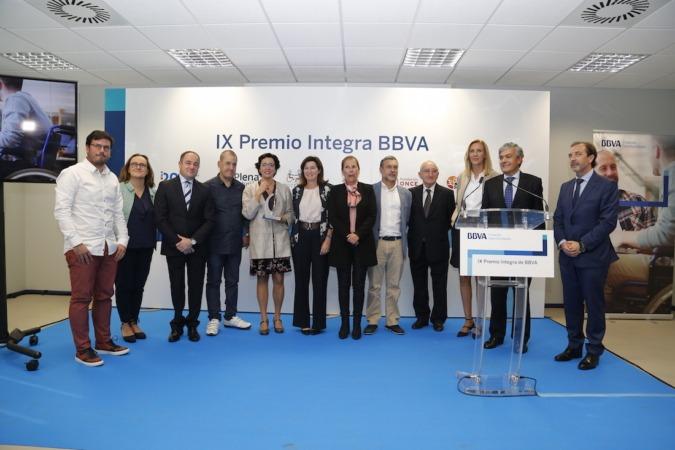 La Fundación Aspace ha recibido el Premio Integra de BBVA, en un acto al que ha acudido la directora de la entidad en España y la presidenta del gobierno navarro, Uxue Barkos