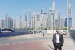 Germán Medina, responsable de Mercado de Tecnan, en Dubai durante la Feria Gulf Glass 2017. (FOTOS: Cedidas por Tecnan)