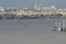 Vista de Burdeos y del río Garona desde el 'pont de Pierre'.