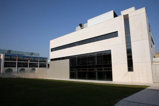 Imagen exterior de la sede del Instituto Smart Cities, ISC de la UPNA.