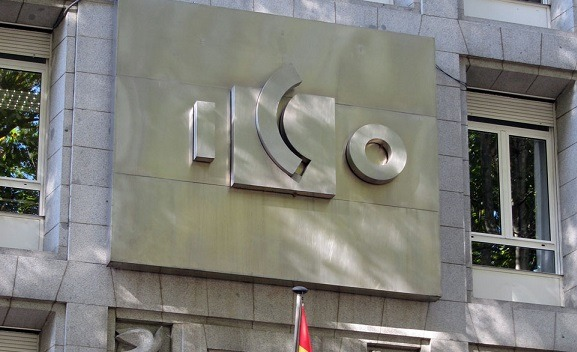 Detalle de la fachada del ICO en Madrid.