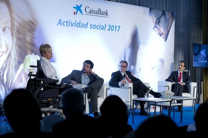 A* Jesús Garzaron F* 2017_11_23 T* Cena anual La Caixa, actividad social 2017 L* Hotel Tres Reyes, Pamplona
