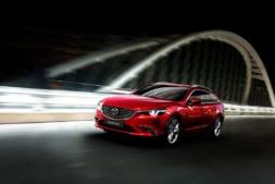 Imagen promocional del nuevo Mazda 6 que llegará a los concesionarios a principios del 2018.