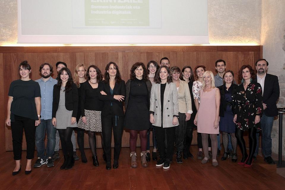 Foto de familia de los participantes en la última edición de Pamplona Emprende.