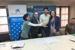 De I a D: Marisa Marqués (Ayuntamiento de Tudela); Marc Simón (Caixabank); Eneko Larrarte (Ayuntamiento de Tudela) y Ana Díez Fontana (Caixabank). (FOTO: Germán Pérez).