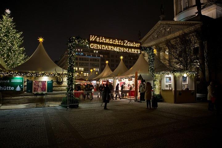Berlin-Gendarmenmarkt-Navidad