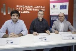 De I a D: Eneko Larrarte (alcalde de Tudela); Pierre Echeverría (presidente de BTP-CFA Aquitania) y Luis Munárriz (FLC Navarra). (FOTOS: Víctor Rodrígo).