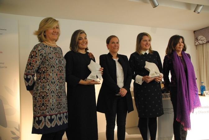 De I a D: María Victoria Vidaurre, Irene Puyada, Uxue Barkos, Elisa Genua y Ana Lamas.