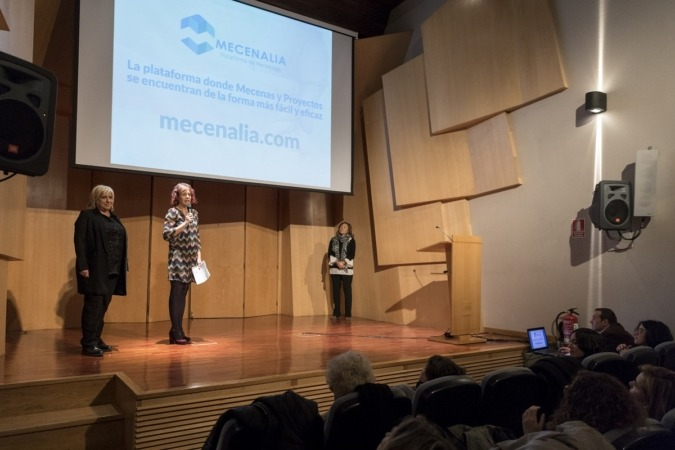 Ana Zabalegui y Rebeca Esnaola, durante la presentación de Mecenalia en Madrid.