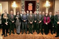 """Foto de familia de los promotores y participantes en """"Navarra Tech Transfer""""."""