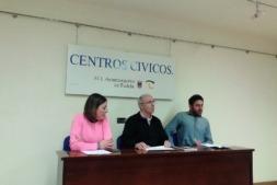 Representantes del Ayuntamiento de Tudela junto con el director gerente de ANEL, Antonio Martínez de Bujanda (en el centro de la imagen).