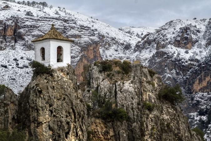 el-castell-de-guadalest-nevado-pueblos-bonitos
