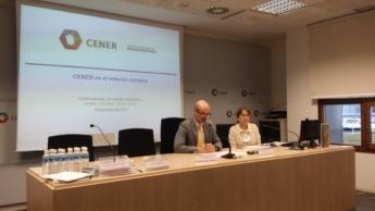 Pablo Ayesa y Andrea Hercsuth, de CENER