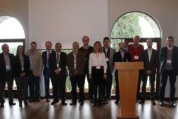 Foto de familia con los principales ponentes y organizadores del Foro de Empresas 2018.