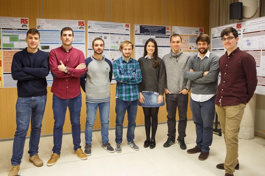 Estudiantes que participaron en los premios ISC/RSU al mejor trabajo de fin de estudios en electrónica.