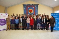 """Foto de grupo de los jóvenes participantes en el programa Explorer """"Jóvenes con Ideas"""" 2018."""
