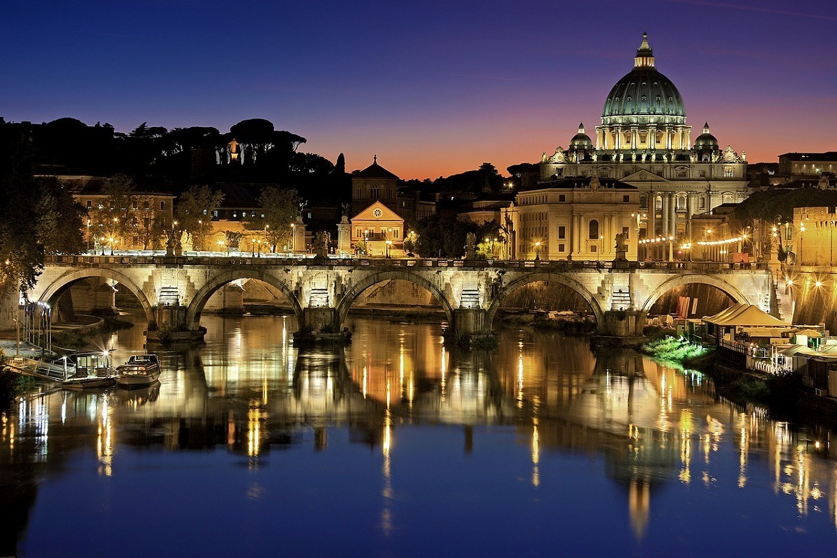 Atardecer en Roma, la 'ciudad de la luz'.