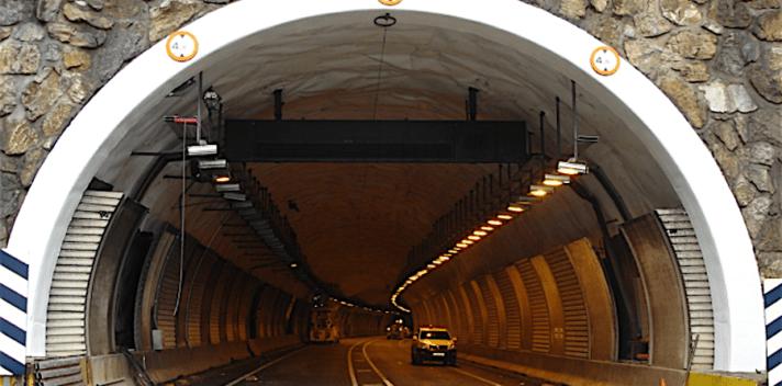 El Gobierno de Navarra ha invertido 3,92 millones de euros en los túneles.