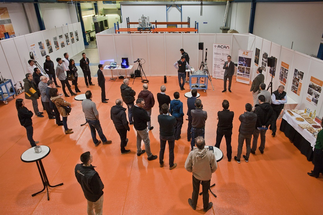Panorámica de los asistentes al encuentro promovido por AZ Metrology