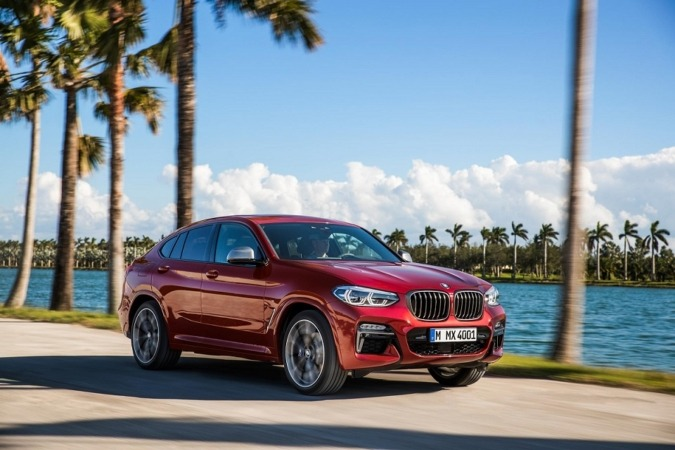 Imagen promocional del nuevo BMW X4.